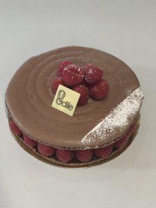 Livraison Macaron Framboise/Chocolat sur Lyon